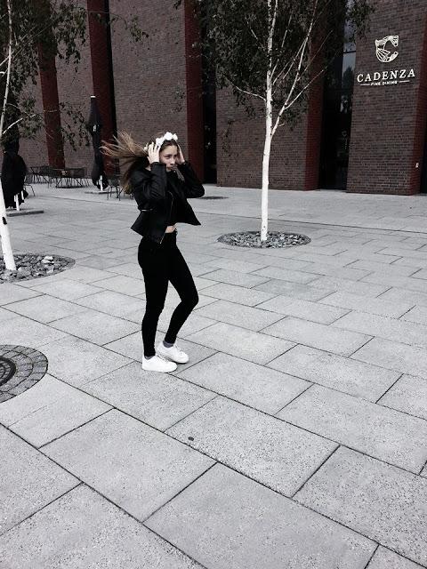 Wikczinka Fashion: Black and White