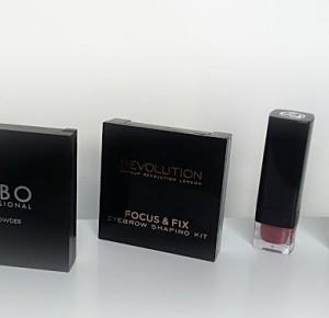JeVinn99: Mini haul kosmetyczny , puder KOBO , Makeup Revolution , High LIghts