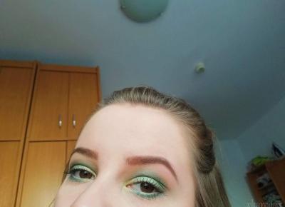 Wiosenny makijaż - In my world