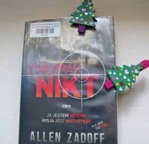 Pożeracz Ksiażek: Chłopak NIKT | Allen Zadoff