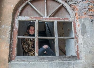 La Cigale: LEOPARD VIBES
