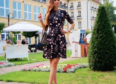 Sukienka w kwiaty z Bonprix Polska 💓