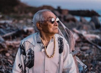 84-latek stał się gwiazdą Instagrama po tym, jak wnuk zaczął tworzyć mu stylizacje *ZOBACZ*