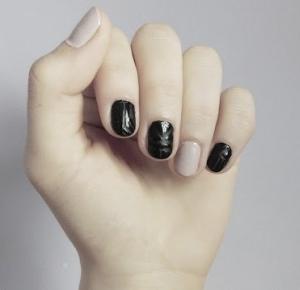 konstruktywne efekty leniwego dnia, czyli spontanicznie wymyślone paznokcie