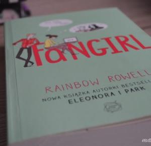 """MajkaBloguje: Recenzja #79 - Rainbow Rowell """"Fangirl"""""""