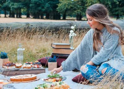 Jesienny piknik – jak zorganizować posiłek na świeżym powietrzu? - Zlota7