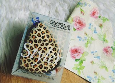 Zopiniuj - Robimy to, co lubimy: Kompaktowa wersja mojej ulubionej szczotki - Tangle Teezer w ruch!