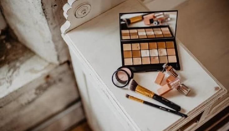 Kosmetyki do 30 zł, którymi wyczarujesz perfekcyjny makijaż