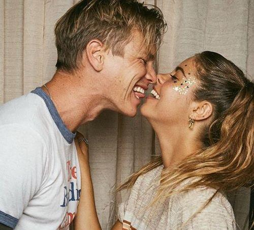 Amorek randki online australia