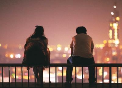 5 oznak zdrady – uważaj na te zachowania