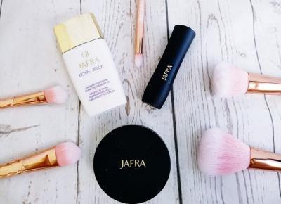 Podkład, puder i kredka JAFRA