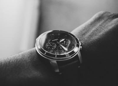 Zegarek naręczny i jego historia | Zuzka Pisze