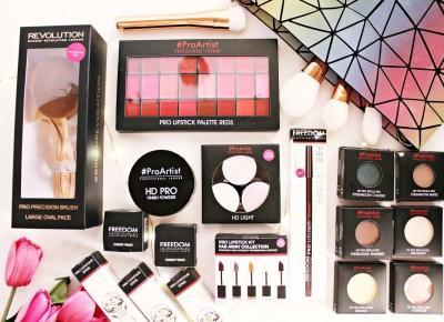 Kolorówka wcale nie musi być droga - FREEDOM MAKEUP - Mega promocje w sklepie StrefaUrody.pl + kod zniżkowy | Zuzka Pisze