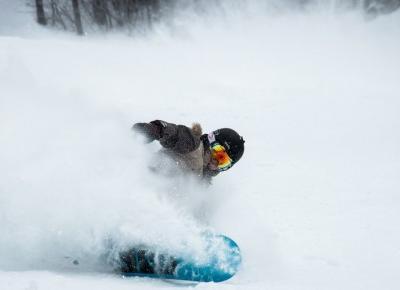 Deski snowboardowe - jakie dla początkujących a jakie dla zaawansowanych? | Zuzka Pisze