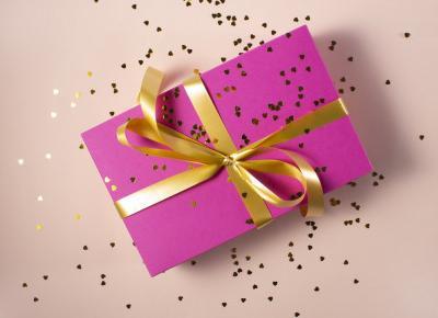 Pomysł na prezent z okazji DNIA KOBIET - świece zapachowe  | Zuzka Pisze