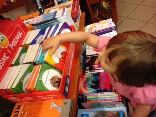 #MatrasChallenge - książki, książki i jeszcze raz zabawa - Żyj nie biadol