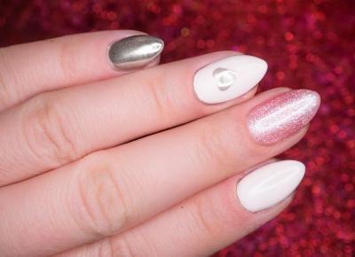 Kobieta mówi: Jaśminy i różowe kryształy, czyli manicure na walentynki